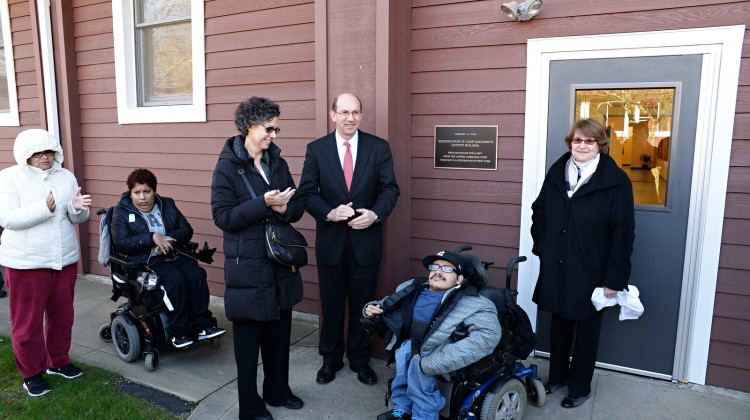 Camp Oakhurst Rededicates Activity Building Thanks to Generous Gift from Jewish Communal Fund